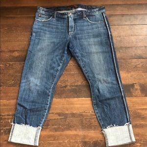 Joes Jeans The Billie Boyfriend Crop